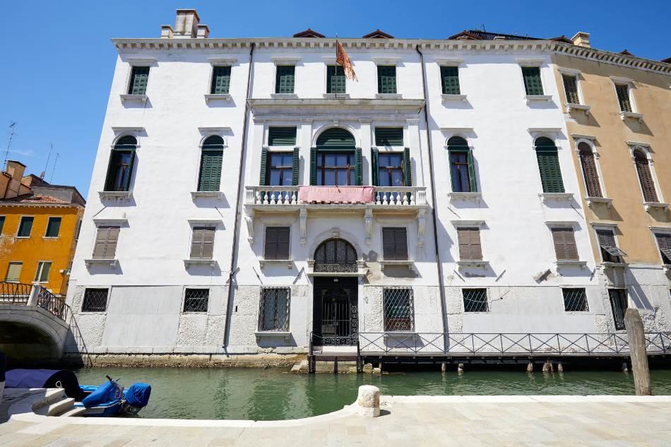 Palata pruža redak uvid u životne stilove aristokratske venecijanske porodice u prilično novim vremenima