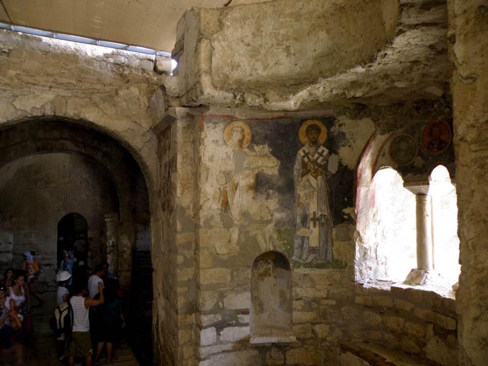 Sačuvane freske u crkvi Svetog Nikole