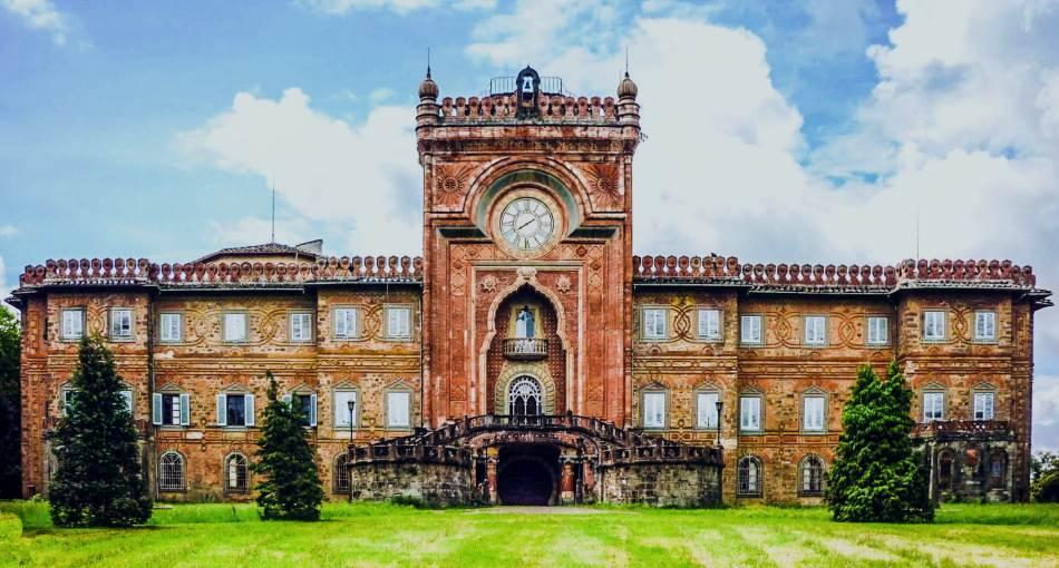 Palatu Samecano izgradio je španski plemić u 17. veku.