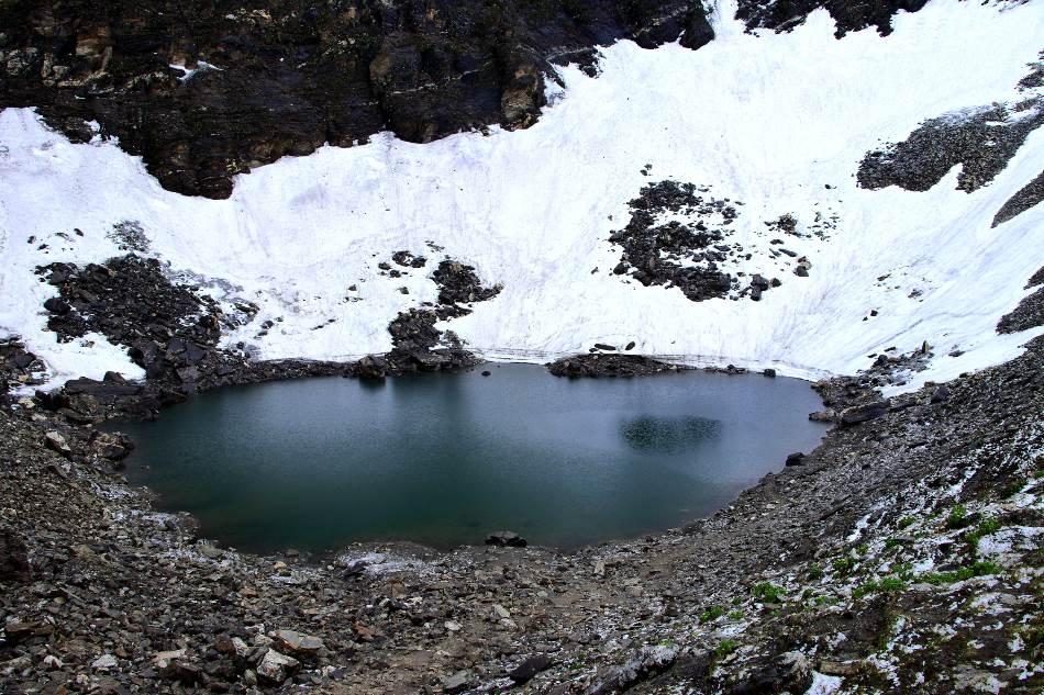 Glacijalno jezero Rupkund