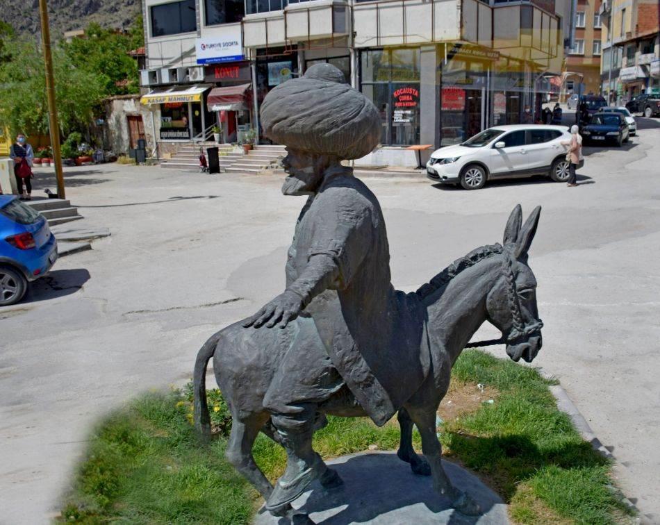 Nasredin-hodža na magarcu