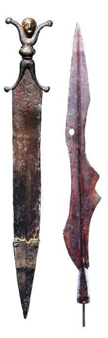 Ukrašeno oružje Istraživači su pronašli ovaj bodež i vrh koplja u La Tenu (u Švajcarskoj). Taj lokalitet predstavlja čitavo jedno razdoblje keltske kulture.