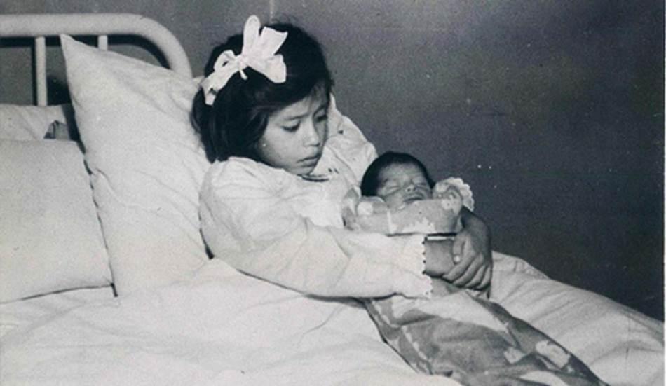 Lina Medina sa sinom Gerardom;