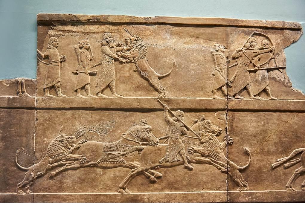 Asurnasirpal II u lovu na lavove, reljef, 850. p. n. e.
