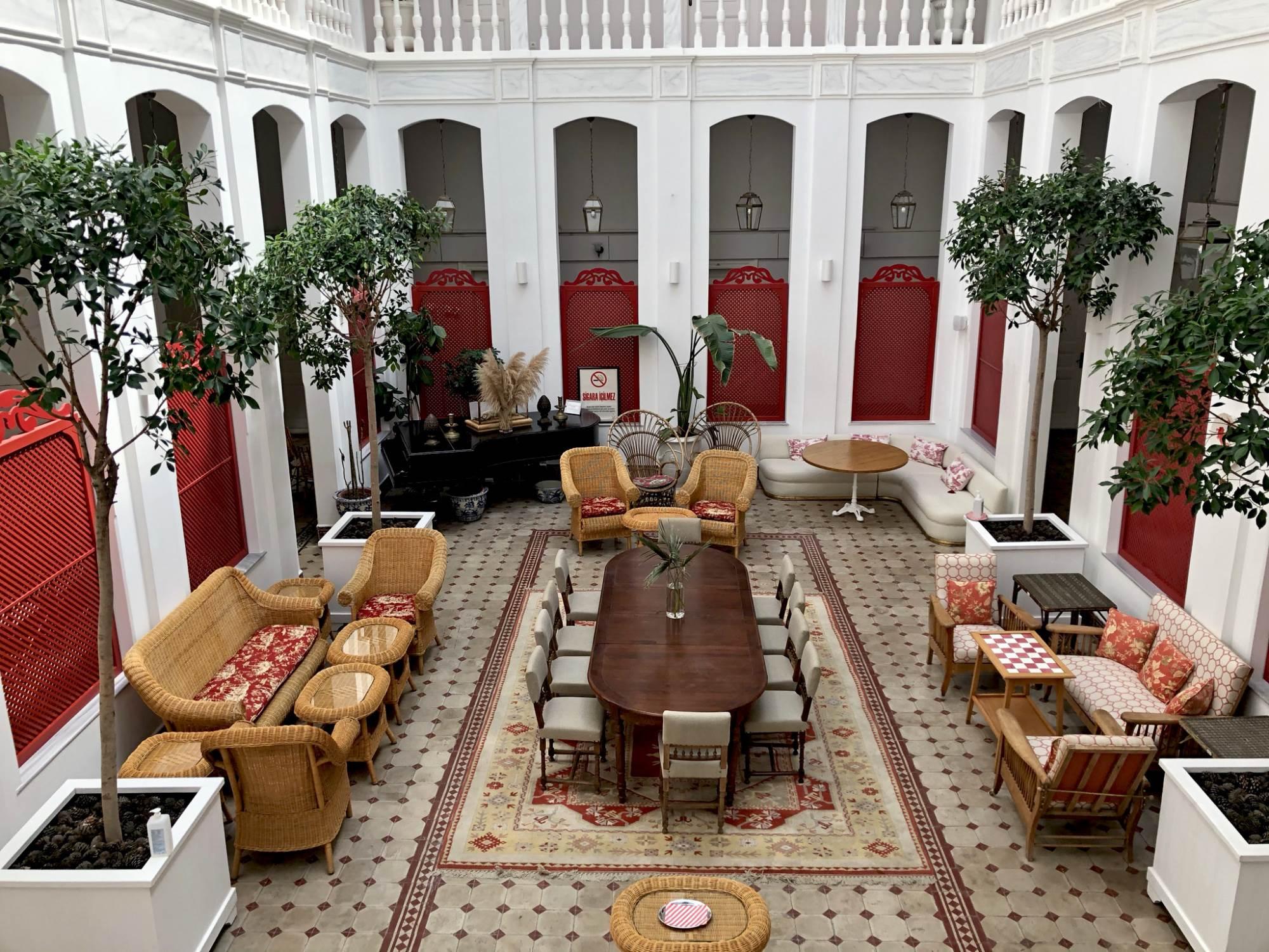Unutrašnja bašta hotela Splendid Palace, Prinčevska ostrva