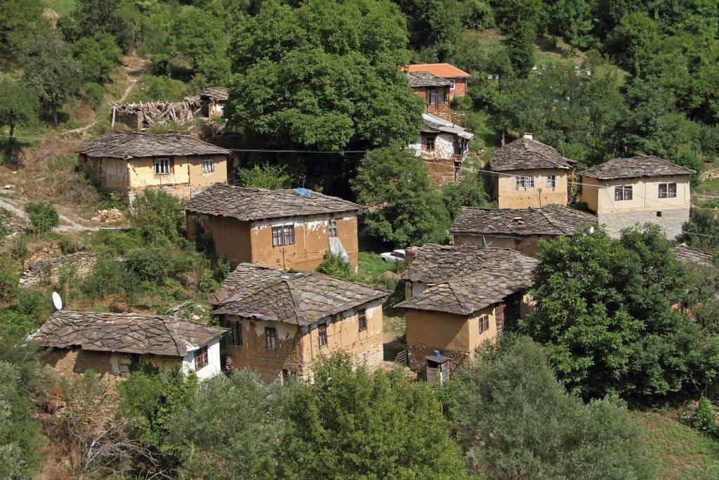 Kameno selo Gostuša.
