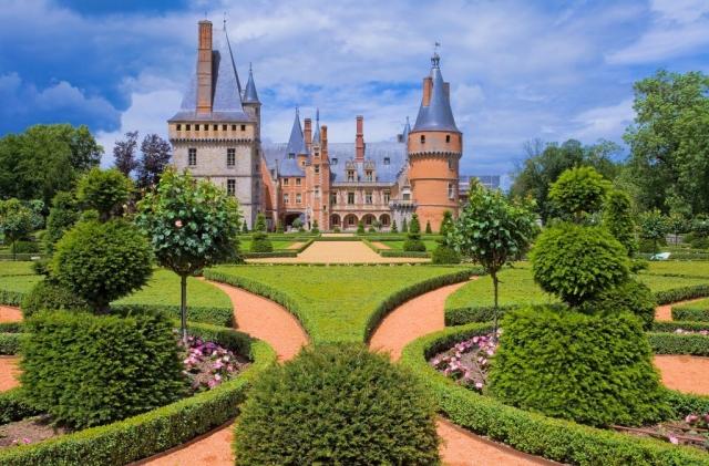 dvorac-de-mentnon_1037862271